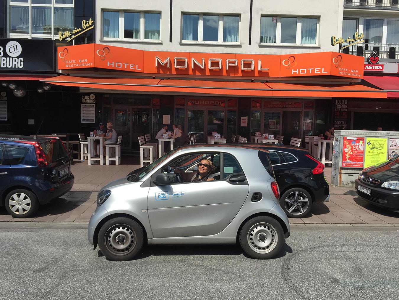 Tony_Ward_photography_travelogue_hotel_Monopol_Reeperbahn_St_Pauli_Hamburg_Suzy_Talib