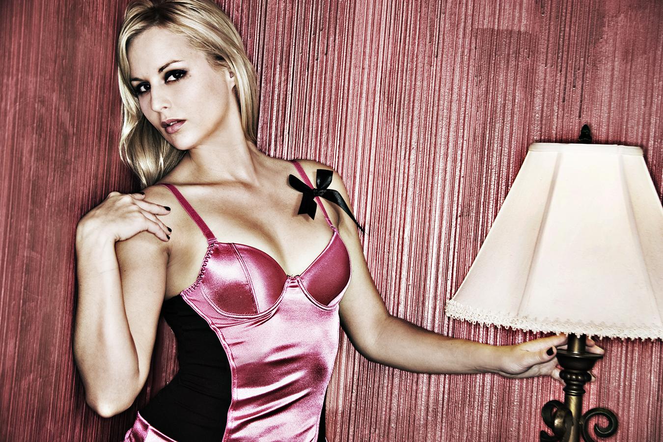 Tony_Ward_erotica_portrait_diary_Alison_Jersey_Girl_Victoria's_Secret_boudoir