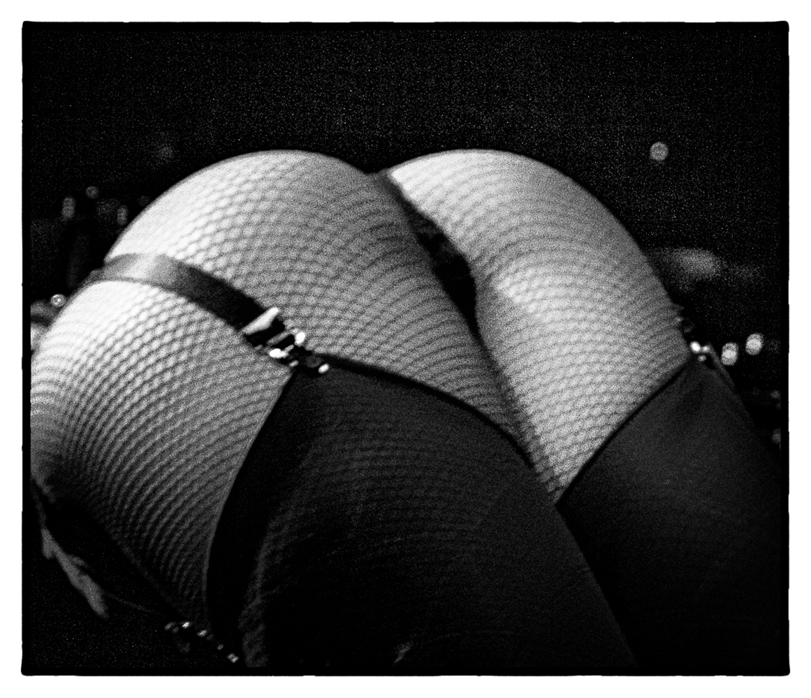 Ed_Simmons_photography_Los_Angeles_strip_club_beautiful_butt_fishnets
