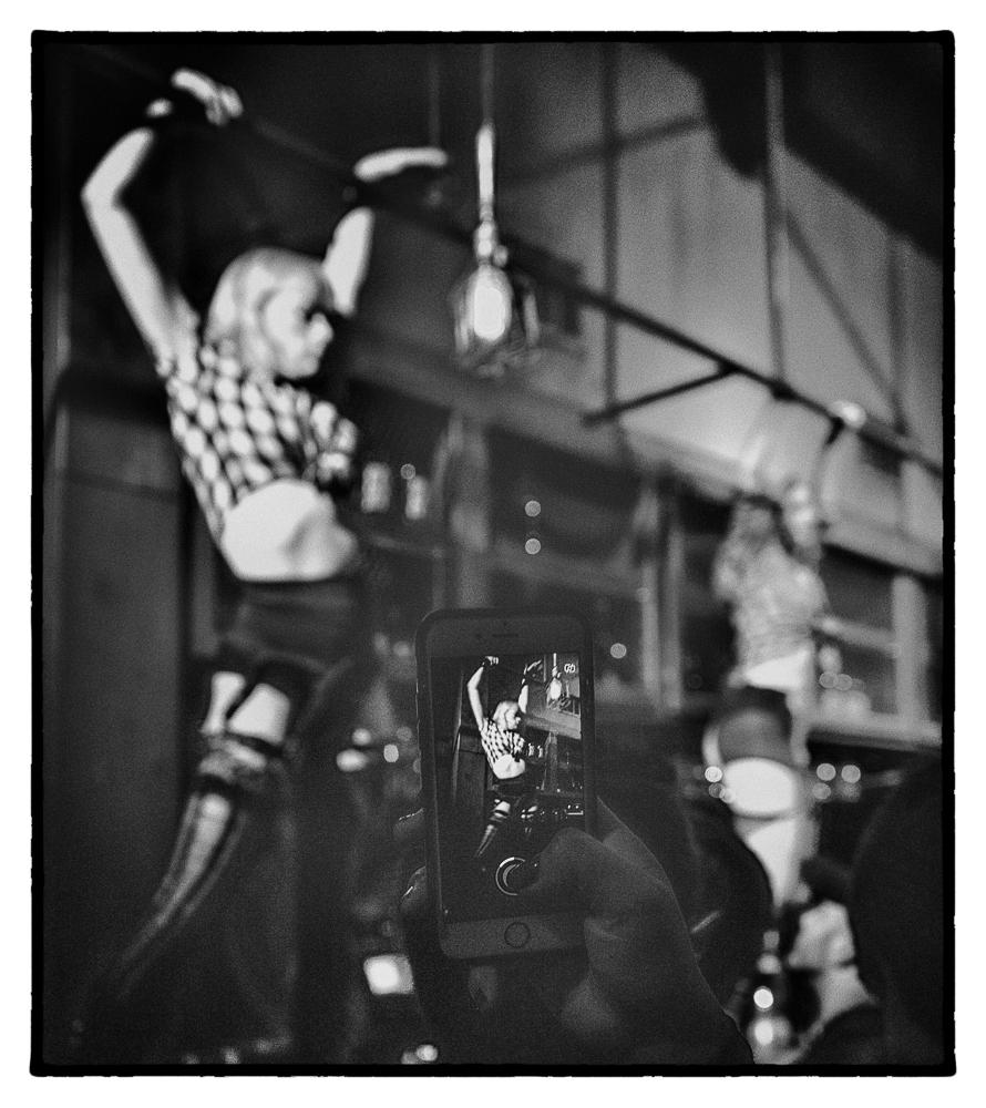 Ed_Simmons_photography_Los_Angeles_strip_club_dancing_girls_bar