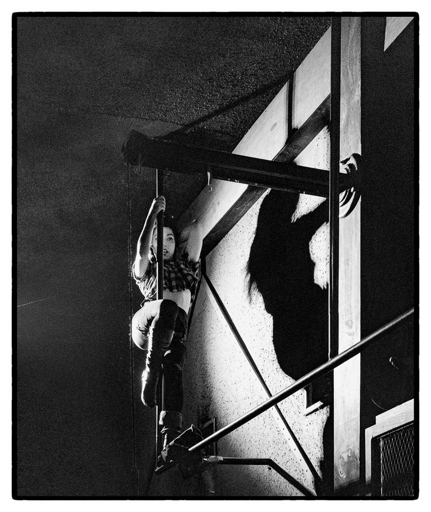 Ed_Simmons_photography_Los_Angeles_strip_club_pole_dance