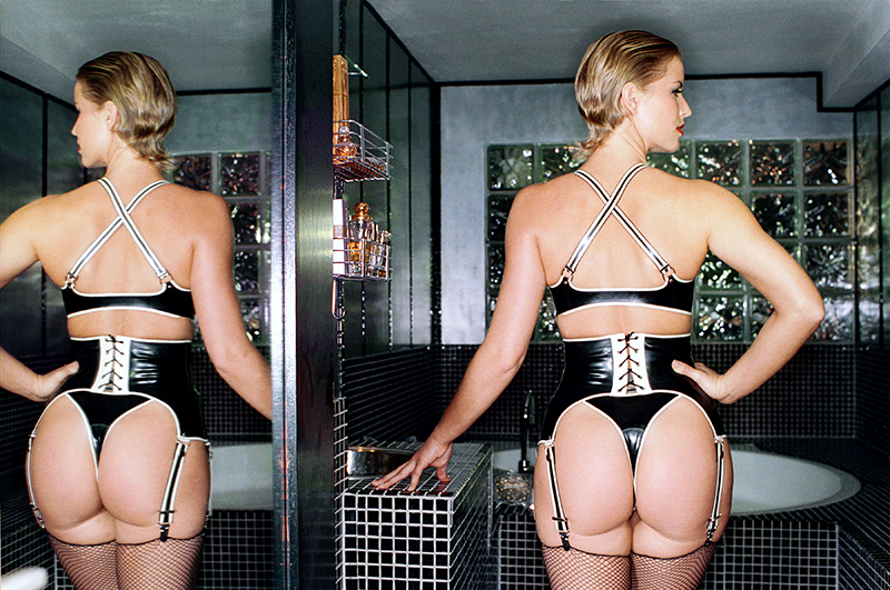 Tony_Ward_Erotica_Dutch_fetish_model_corset_latex_big_ass_sexy
