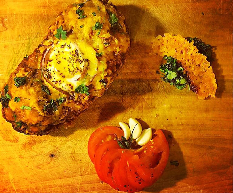 egg_parsley_garlic_tomato_cutting_board