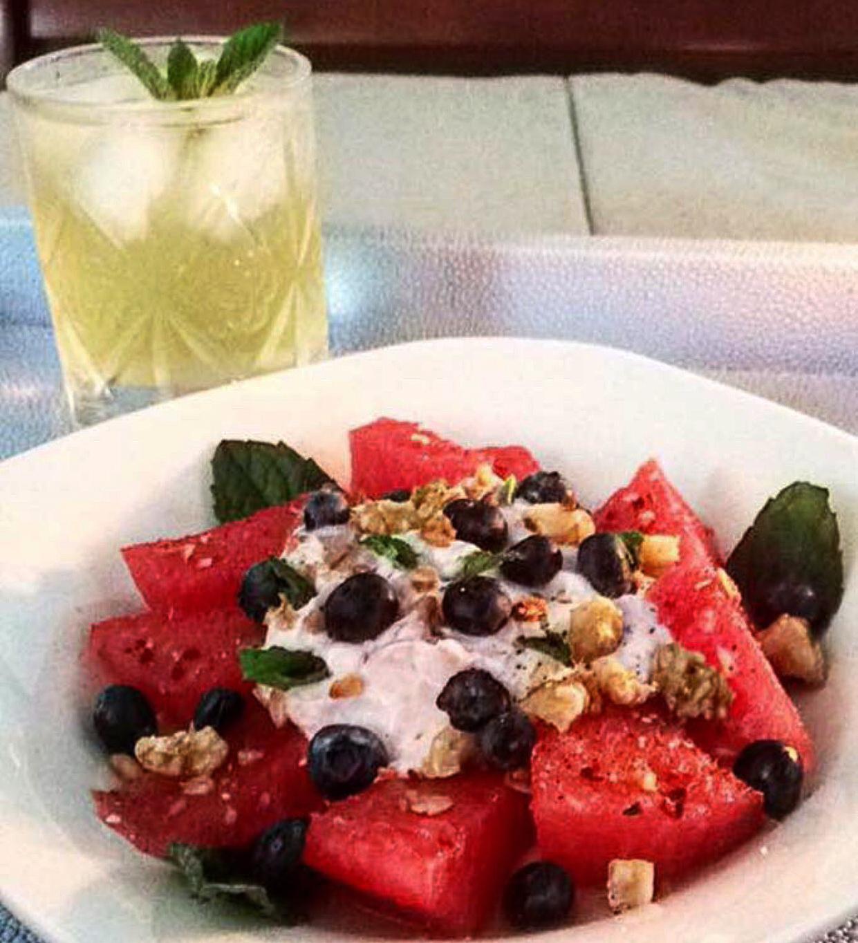 watermelon_mint_lemon_drink_blueberry_salad