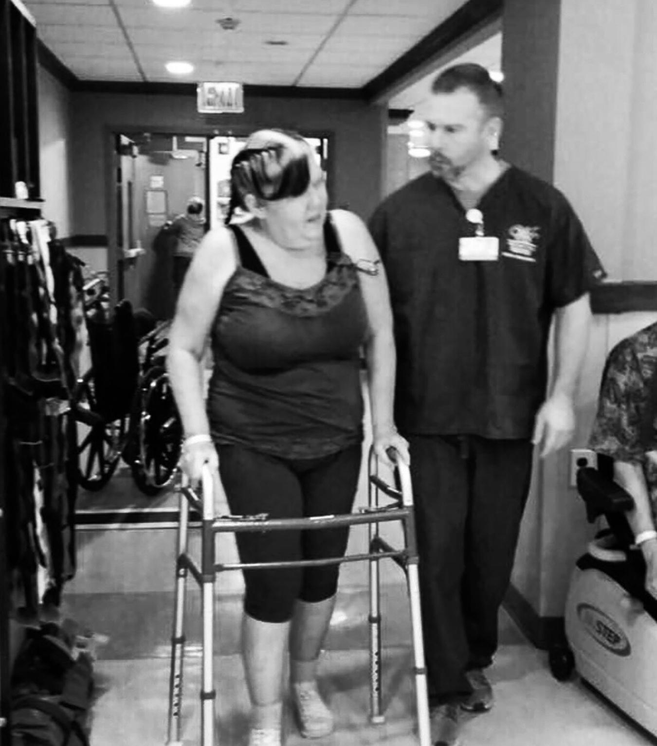 Katie_kerl_mom_hospital_walker_family_love