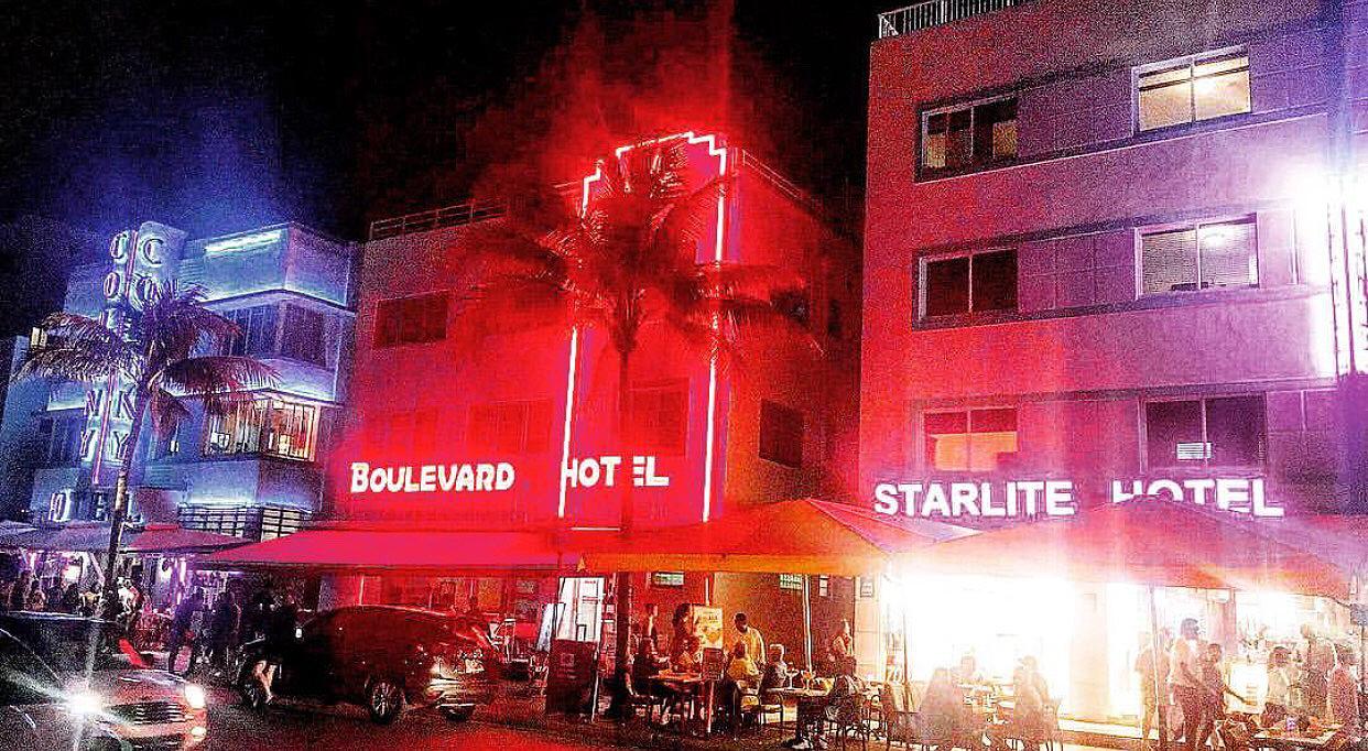 Tony_Ward_Studio_piano_Katie_Kerl_blogger_Miami_Nightlife_boulevard_hotel_starlite