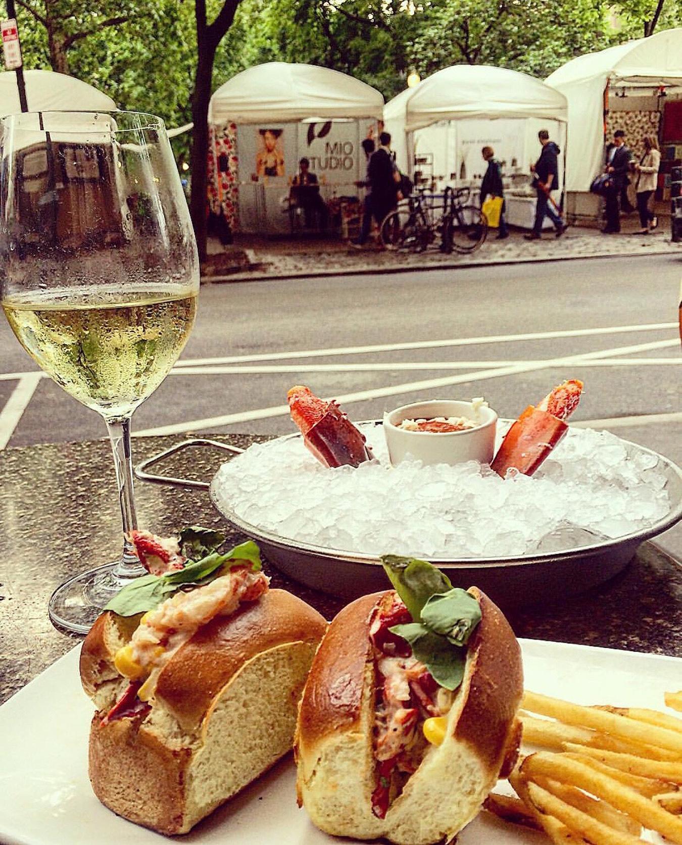 Devon_seafood_Rittenhouse_Square_Happy_Hour