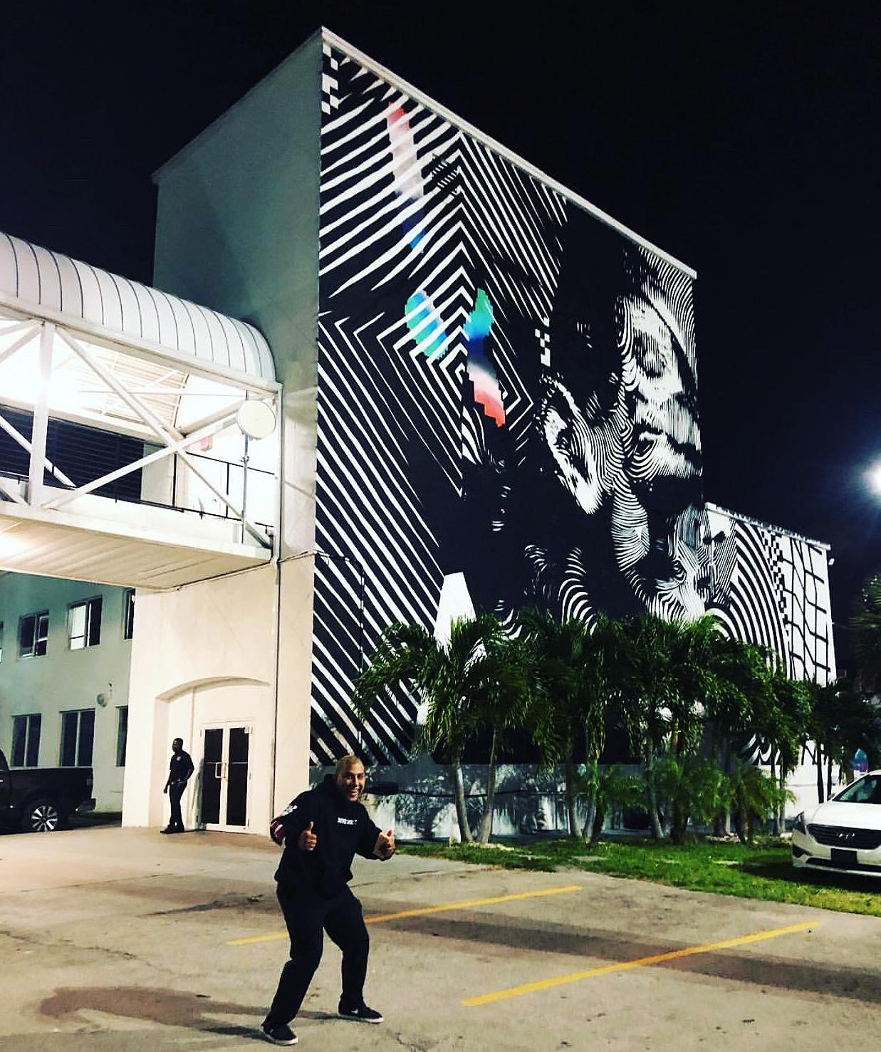 Katie_Kerl_Miami_mural_art_night