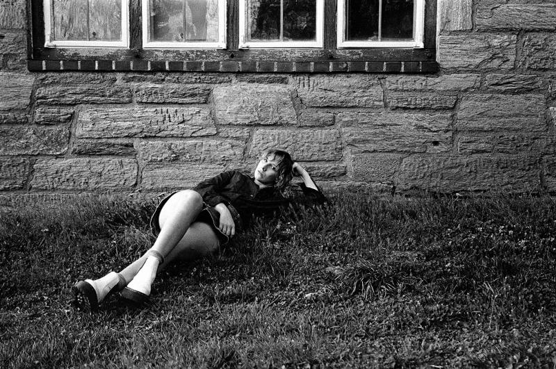 Leah_Haidar_portraits_women_black_white_Haverford_College_students_reclining_female